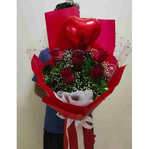 5 Red Rose & Heart Bouquet