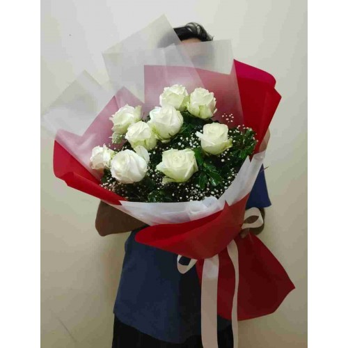 9 White Rose - Red Bouquet